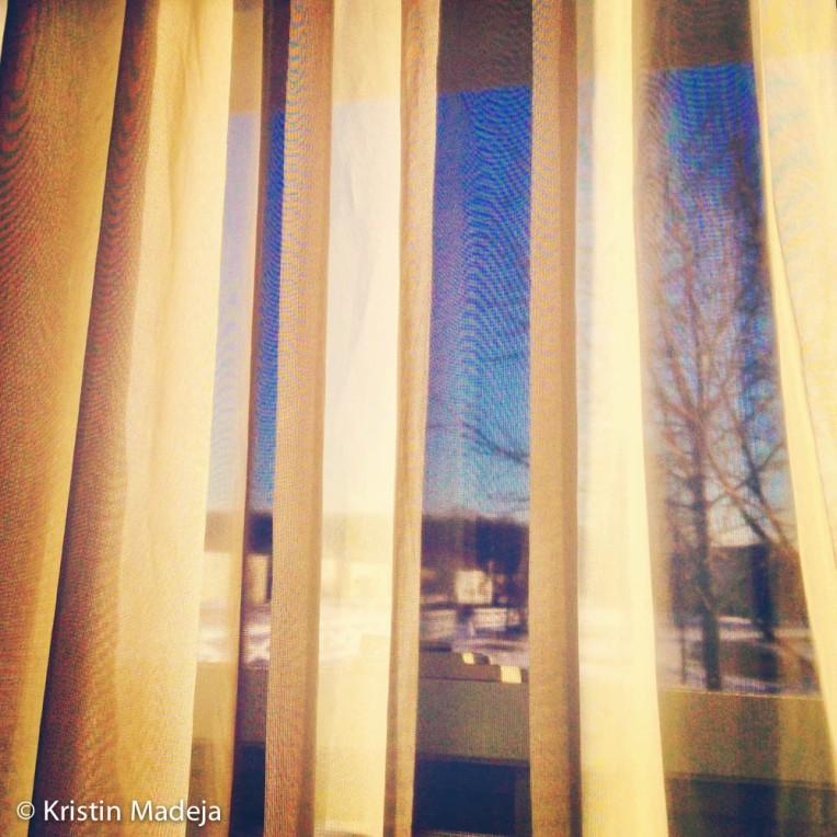 Sun in curtains